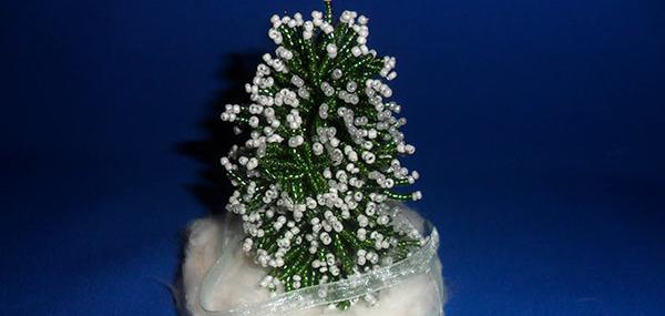 бисерная ёлка, новый год, подарки, ёлка из бисера