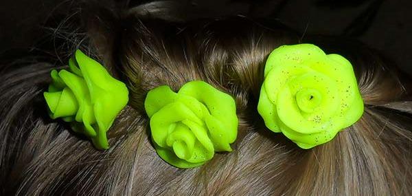 Шпилька для волос с цветком из полимерной глины