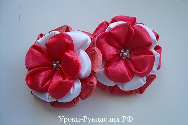 ярусные цветы канзаши, простой цветок канзаши как сделать, стразы в рукоделии, идеи в рукоделии, серединка цветка из чего сделать, своими руками цветы из лент, как сделать цветок канзаши мк