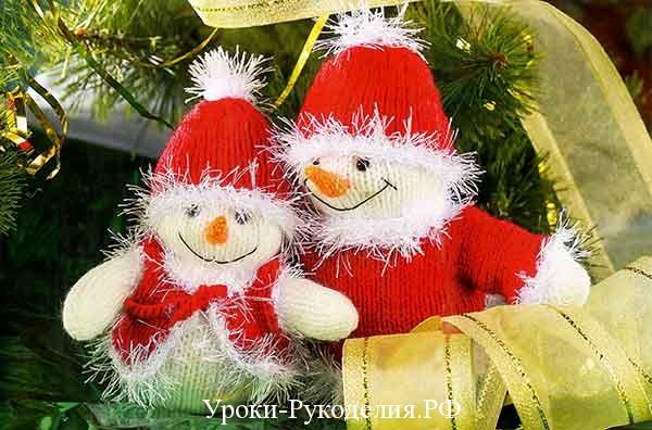 вязаный снеговик спицами, шапочка для снеговика связать, как связать снеговика