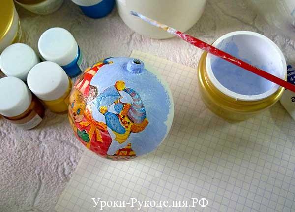 как получить голубой цвет, что смешать для получения голубого цвета, декупаж шаров новый год, ёлочные шары,ручные ёлочные игрушки