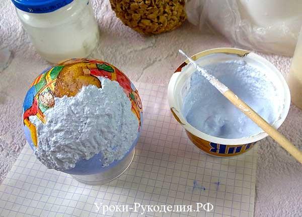 снег декупаж, шарик со снегом из манки, шарик на новый год декупаж