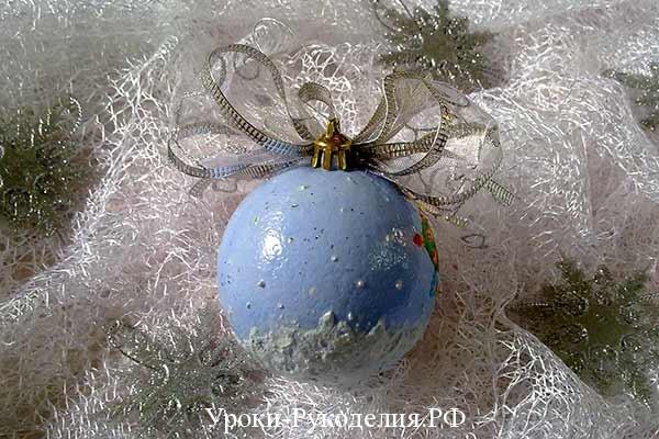 снежинки снег декупаж, шарик в подарок на новый год, сувенир под новый год