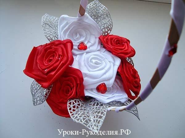 розы как сделать руками дома, розы из ткани, цветы для корзины невесты руками, украсить ручку корзины лентой