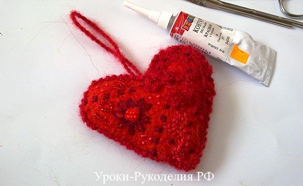 контур по ткани, украсить сердечко, подарить валентинку