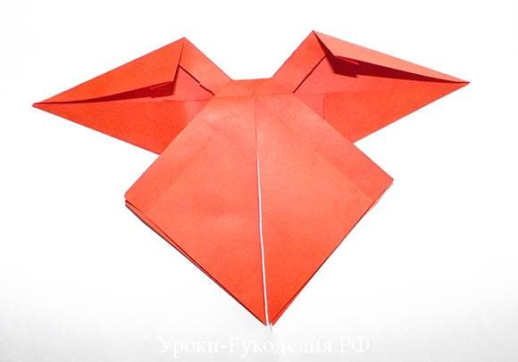 сложить бант из цветной бумаги для упаковки подарка