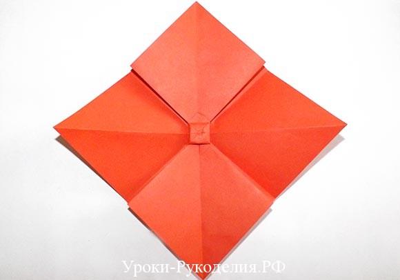 сделать бант из цветной бумаги для коробки
