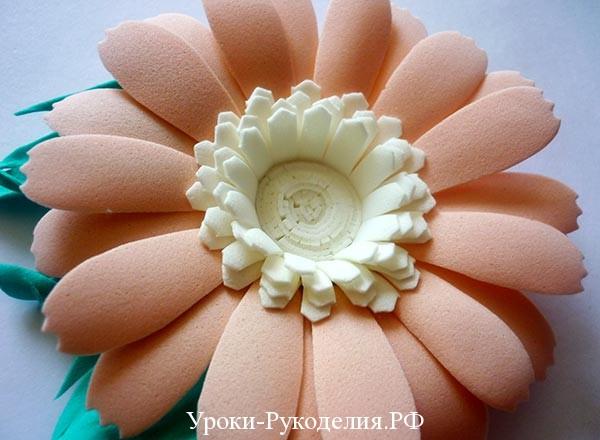 цветок на заколку из фома