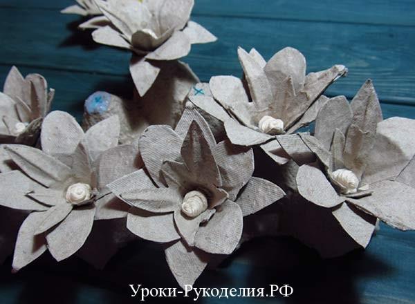 цветы пышные из картона