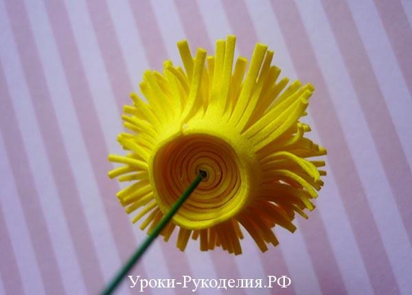 желтый цветок из фома