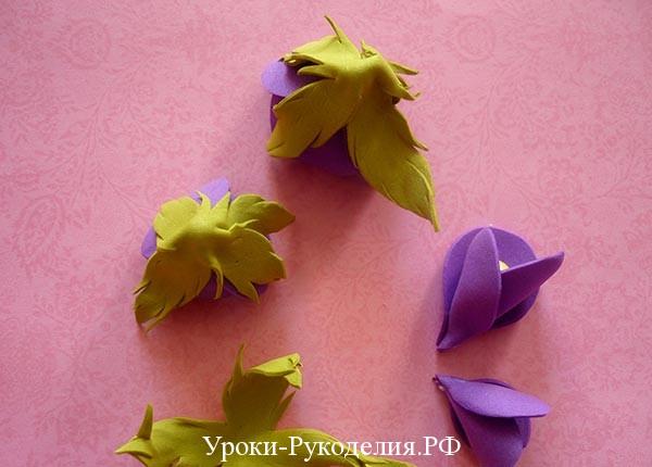 цветок с листьями из фома