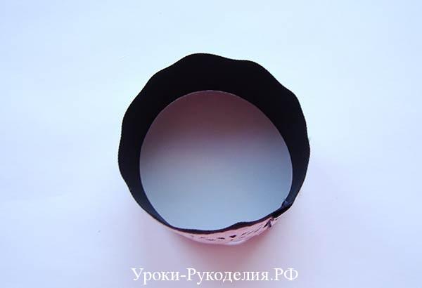 в кольцо ленту