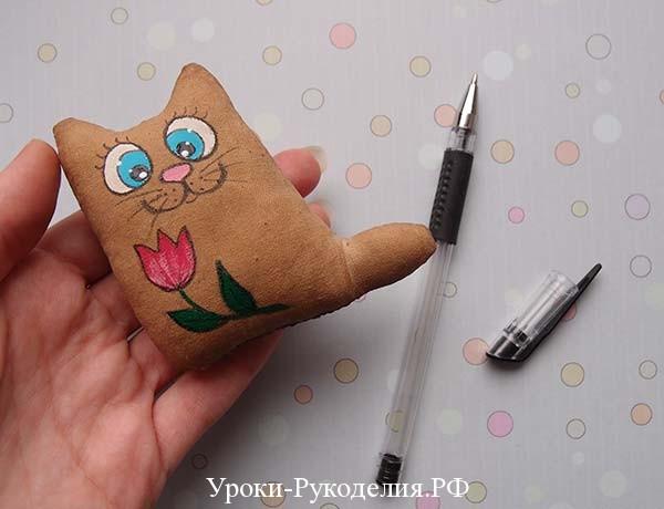 гелевой ручкой обводим
