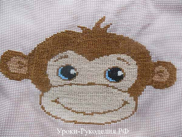 мордочка обезьяны на канве