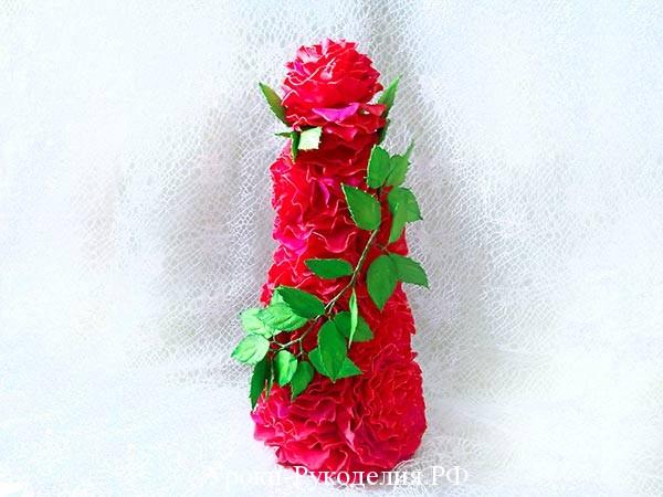 елка из лепетсков роз