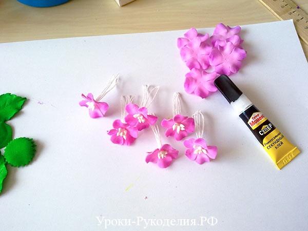 яркие цветы из фоамирана