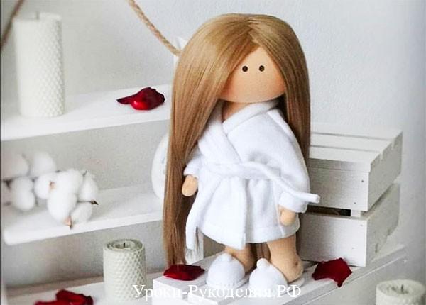 тапки на кукле