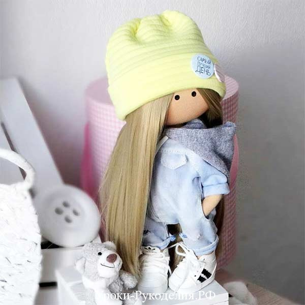 кукла шапка